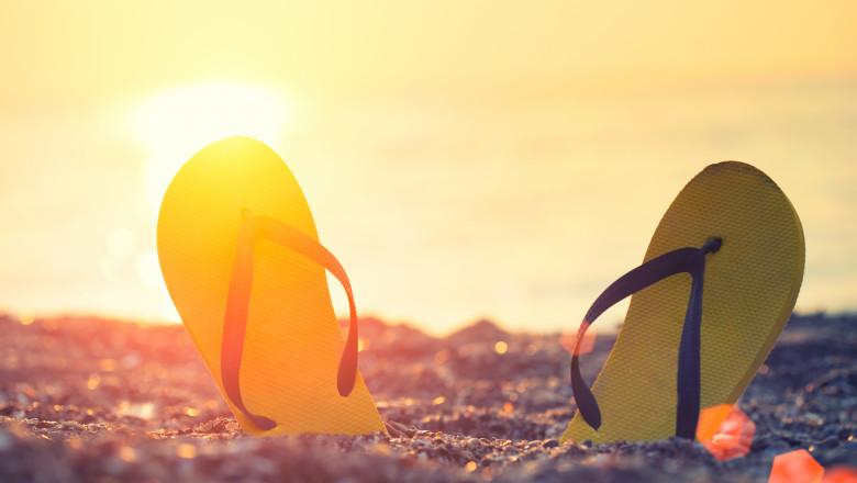 slapi plaja mare vacanta