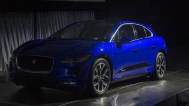 jaguar masina anului geneva
