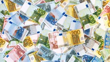 8 BANI EURO