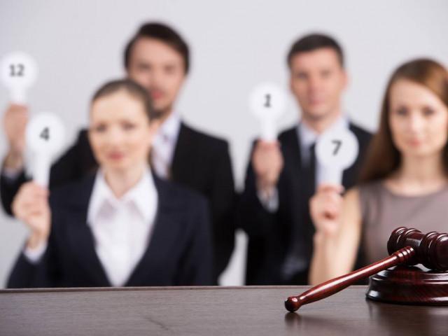 O firmă care nu participă la licitaţii să nu poată contesta - propunere de modificare a legii achiziţiilor