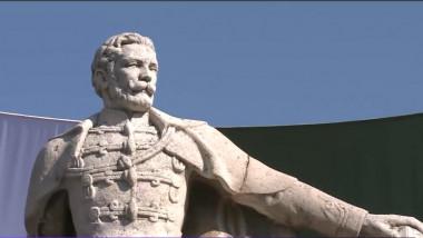 ziua maghiarilor statuie