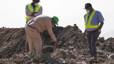 Investigators And Mourners Visit Ethiopia Crash Site