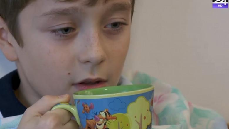 copil cana ceai