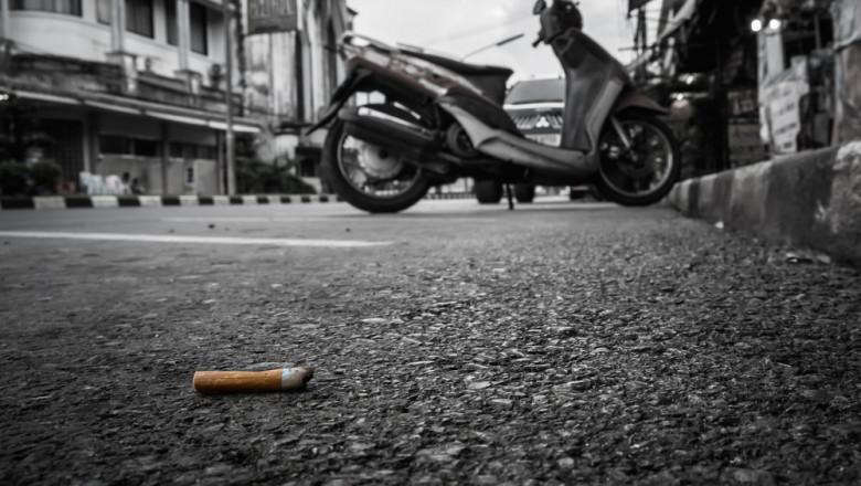 muc de tigara, oras, scuter, chistoc