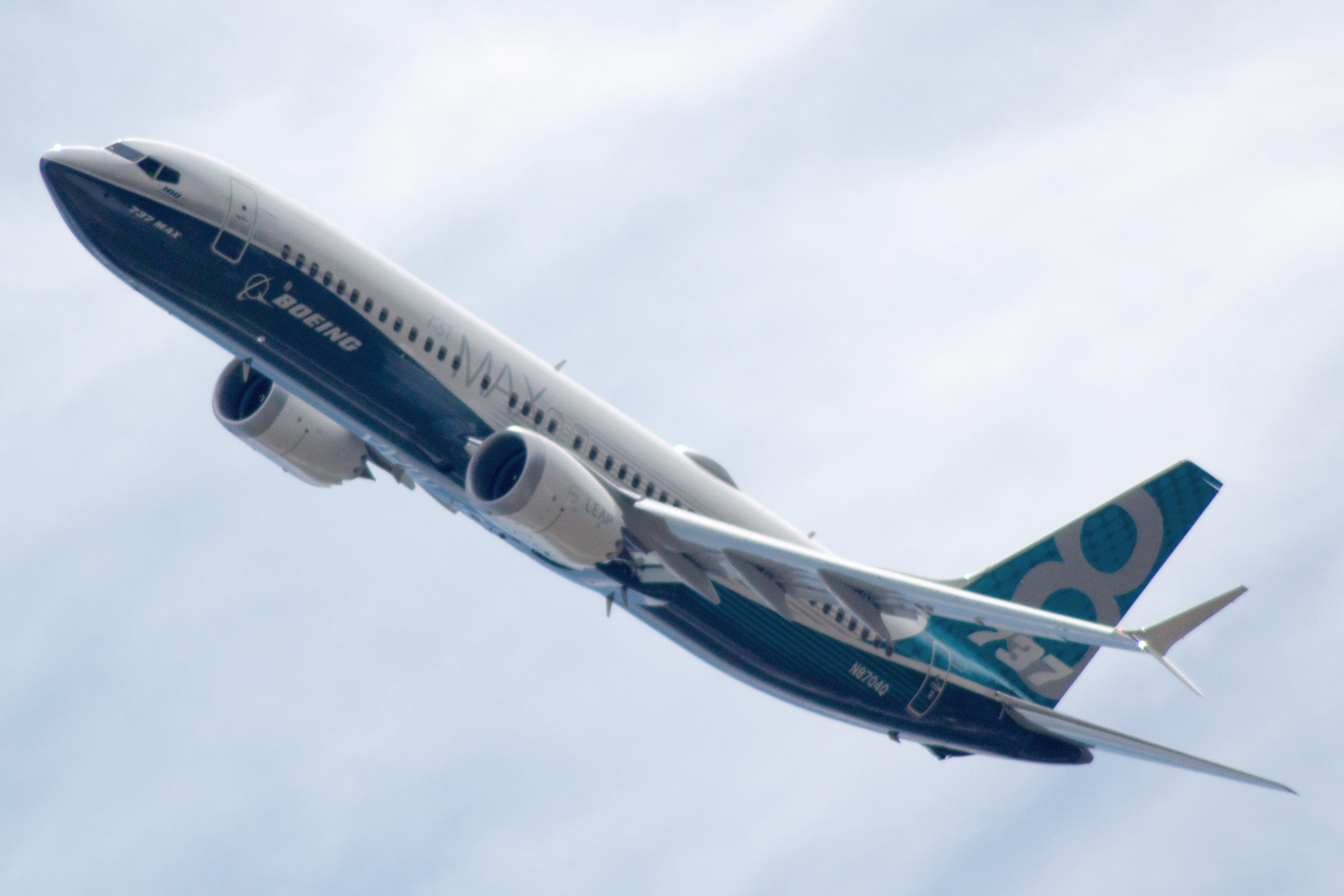 Boeing va prezenta un soft actualizat pentru avioanele 737 MAX care va fi oferit gratuit companiilor aeriene