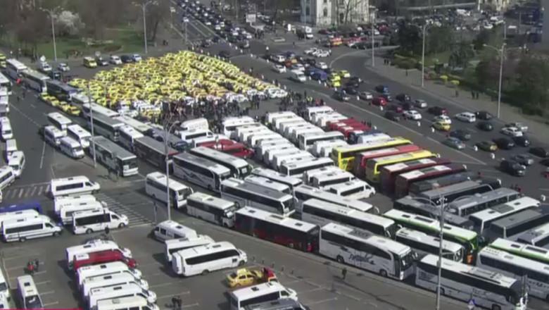 victoriei blocata taximetristi transportatori