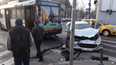 accident Dacia colt Polona ambasada Egiptului 220319