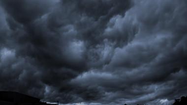 nori ploaie furtuna meteo vreme