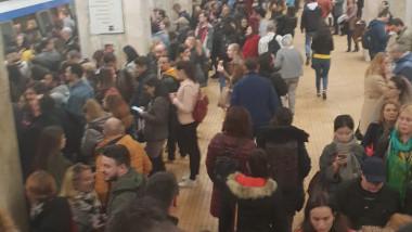 aglomeratie metrou Aurel Vlaicu 040419