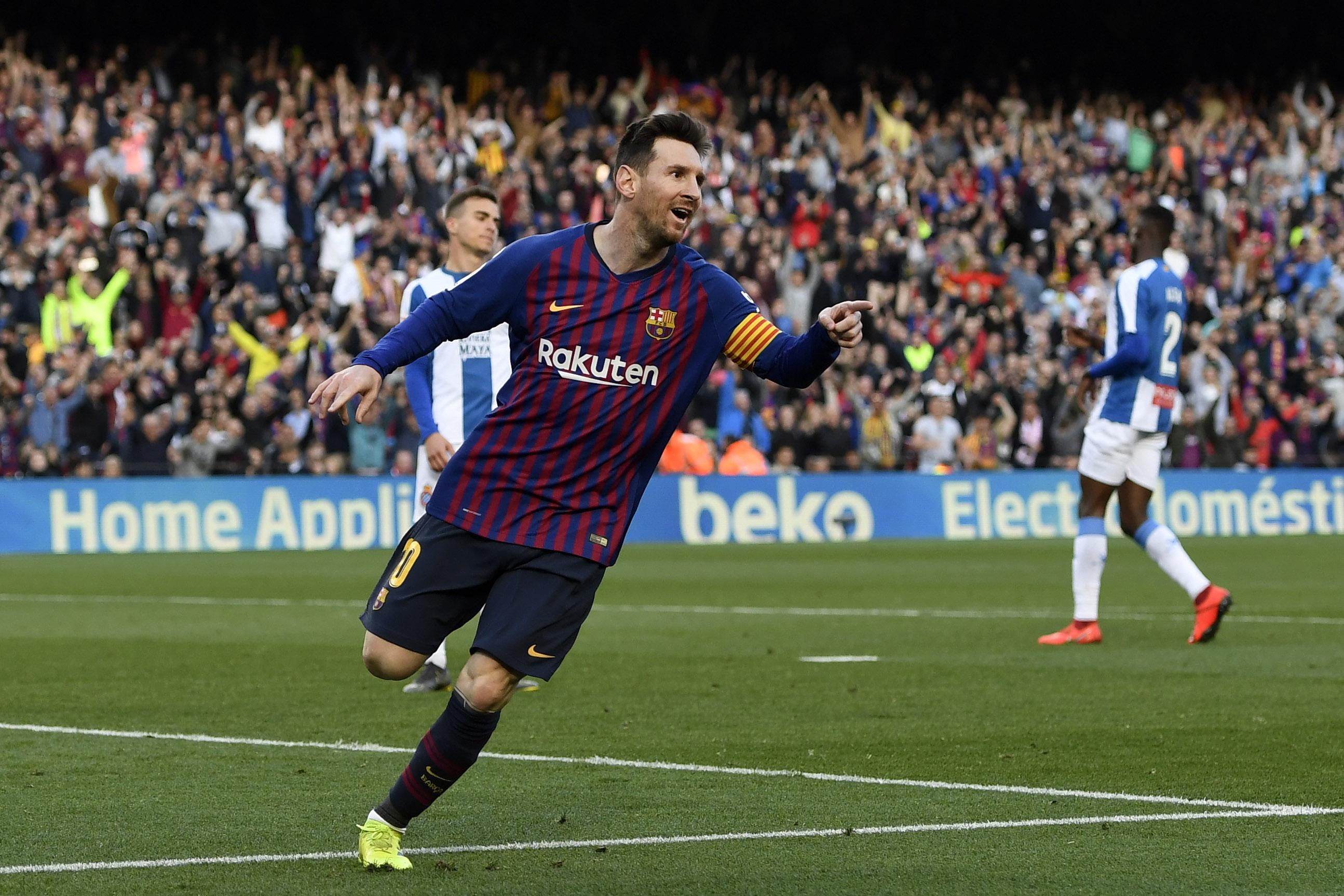 FC Barcelona ii ofera un contract pe zece ani lui Lionel Messi
