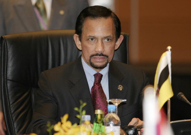 Hassanal Bolkiah brunei sultan