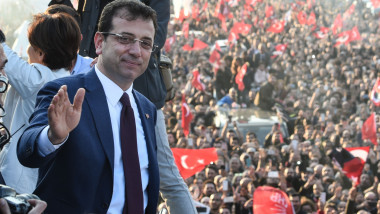 CHP Candidate Receives Istanbul Mayoral Mandate