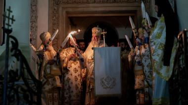 inviere-patriarh-daniel-slujba-paste-patriarhie-basilica.ro