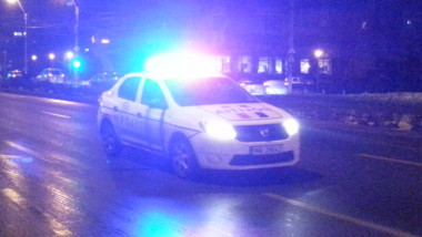 politia masina politie girofar
