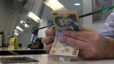bani robor numara mana banca