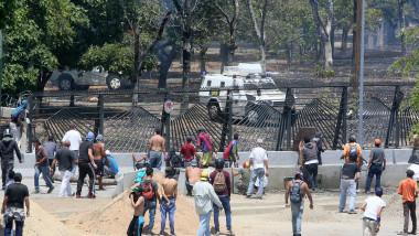 Venezuela Opposition Leader Declares Final Phase of Ousting President Maduro
