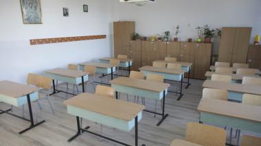 180910_sala de clasa PACHET_SCOALA_00_INQUAM_Photos_Octav_Ganea