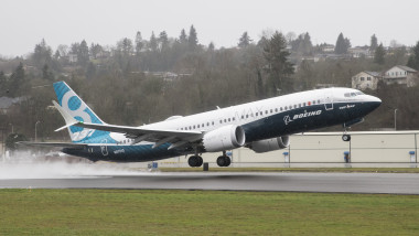 Boeing Holds First Test Flight For 737 MAX Aircraft