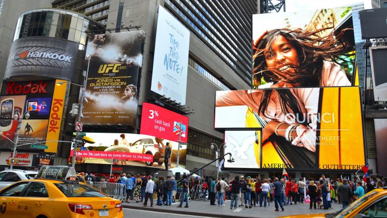 new york oameni strada shutterstock_172931432