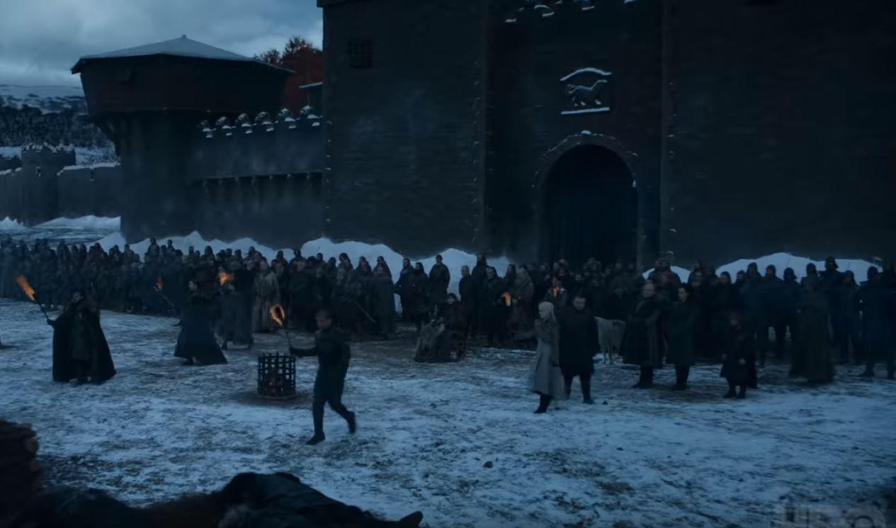 """""""Game Of Thrones"""". Dezvăluirile actriței Emilia Clarke despre următoarele episoade: """"Căutaţi cel mai mare TV"""""""