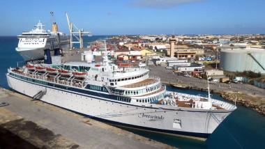 Aruba_-_Freewinds