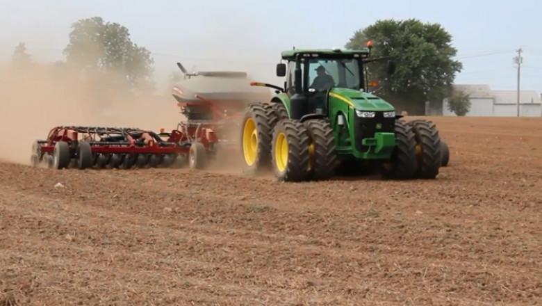 tractor bun