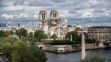 Acoperișul Catedralei Notre Dame va fi reconstruit