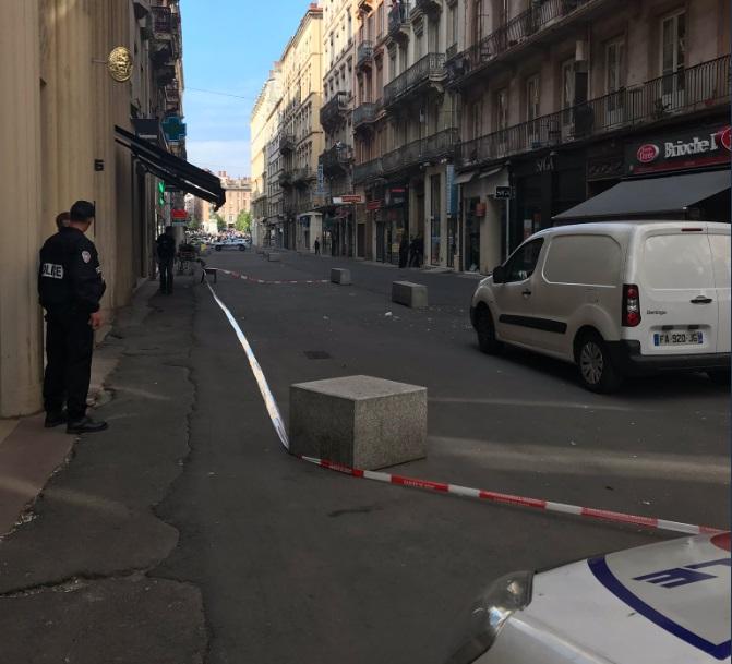Explozie in oraşul francez Lyon. Cazul, cercetat de Secţia antiterorista a Parchetului Parisului