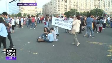protest-sarbatoare-piata-victoriei