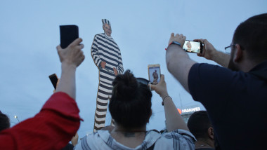 manifestatie piata victoriei dupa condamnare dragnea - ganea