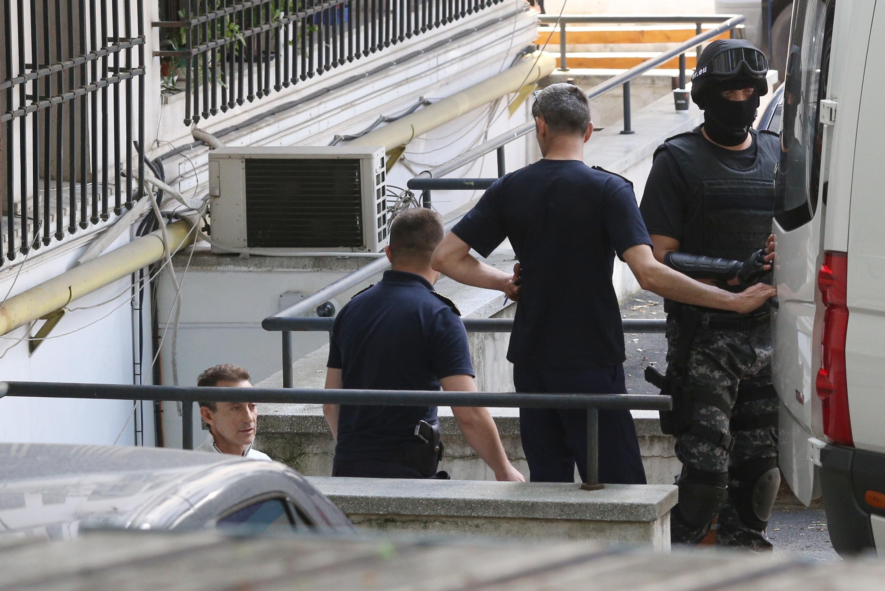 Radu Mazăre a fost adus la înalta Curte. Instanța i-a confirmat mandatul de arestare