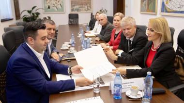 protocol primaria generala ministerul transporturilor gabriela firea razvan cuc foto 3
