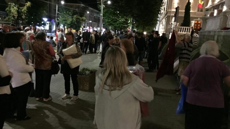 protestatari - tv 8 via unimedia