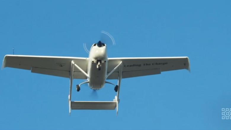 avion hibrid