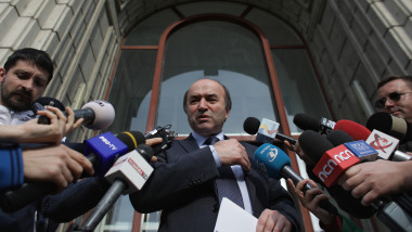 tudorel toader anunt demisie ministerul justitei inquam octav ganea20190418173431_OGN_1150-01