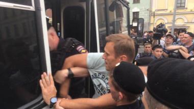 aleksei-navalnii-arestat-twitter