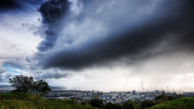 Mount Even Auckland Thunder Srorm