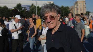 ion-caramitru-protest-actori-piata-victoriei-inquamphotos-octav-ganea (5)