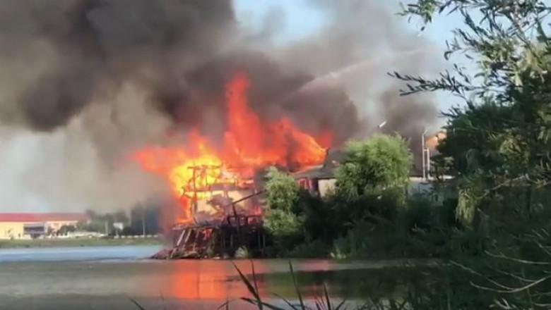 incendiu-restaurant-pitesti