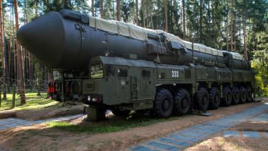 racheta nucleara rusa - rt