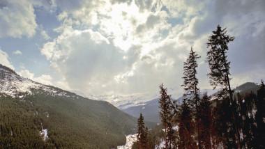 zăpadă Munții Rodnei