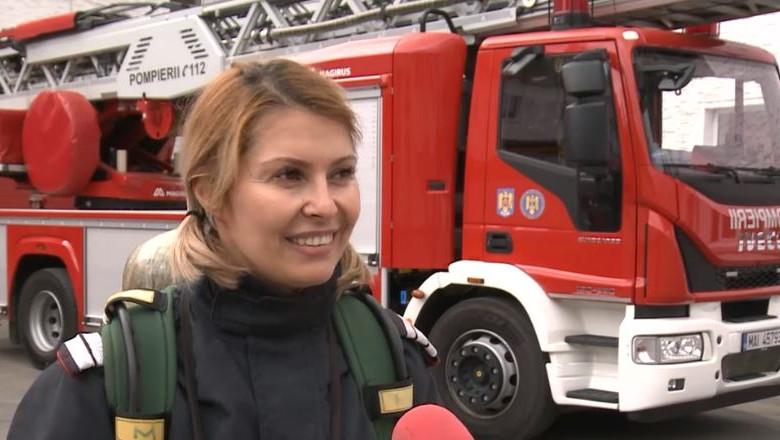 femeie pompier
