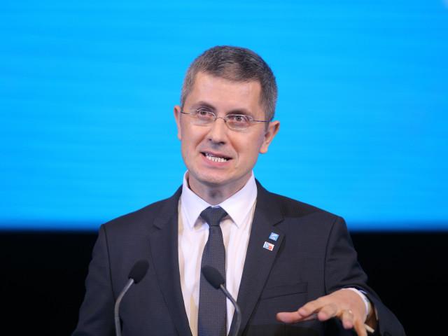 Dan Barna, declarație ciudată: România trebuie să dezvolte relații economice cu Rusia și China
