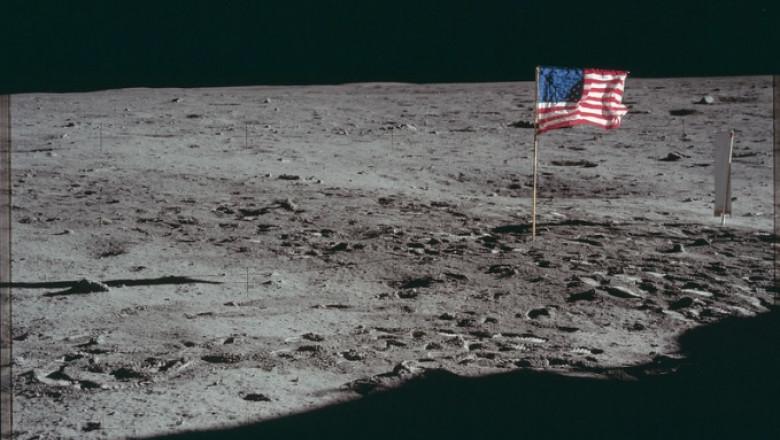 steag sua pe luna