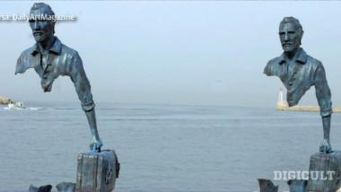 sculpturi ciudate