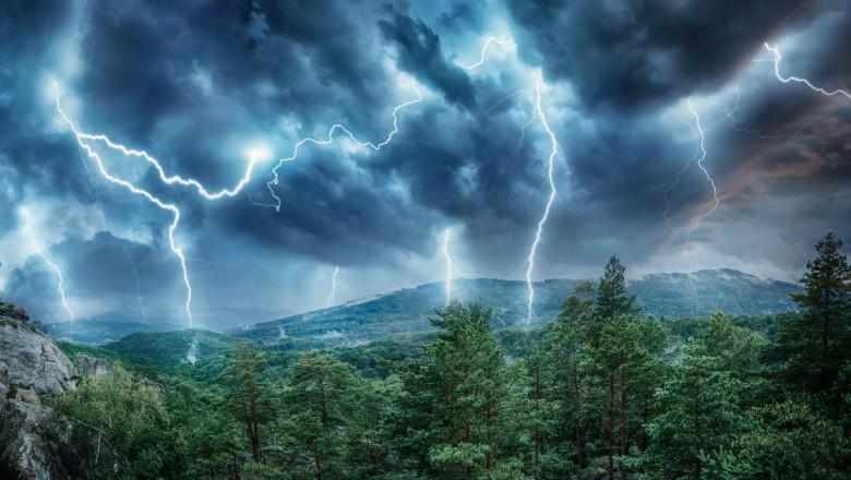 trasnet fulger furtuna munte GettyImages-1069914916