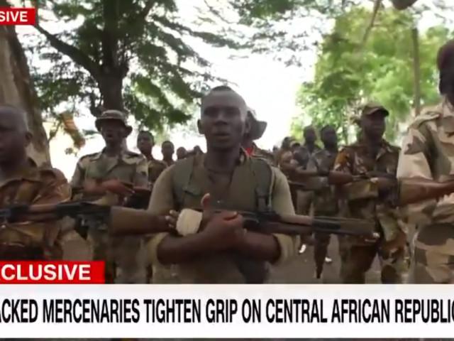 Armata privată a lui Putin. Bandele de mercenari si oligarhii iau cu asalt Africa