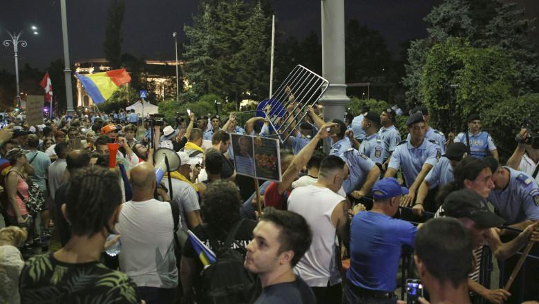 protest 10 august 2019 05_P_VICTORIEI_INQUAM_George_Calin