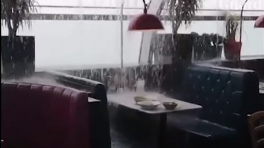 ploaie luton