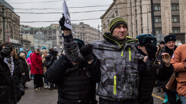 Russian Protesters Hold Anti-War Rally In Moscow